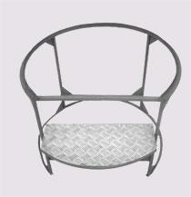 стол-тумба для емкости в обрешетке